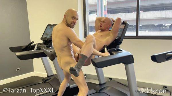 OnlyFans - Fuck in the Gym - Travis Dyson & Palmer (Bareback)