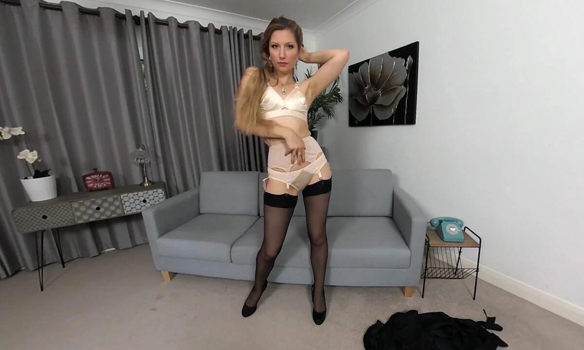 Stephanie Bonham Carter, Sep 19, 2019, 3d vr porno, HQ 2880