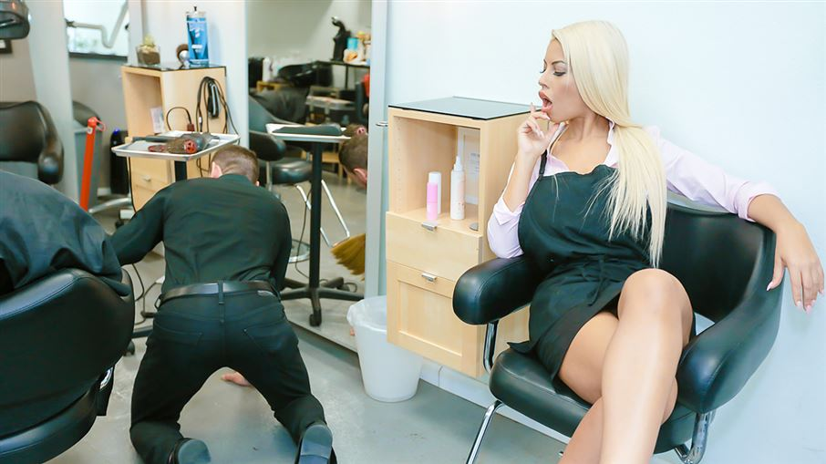 Hammering The Hair Salon Don