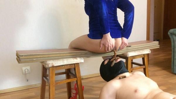 Alexandra Poo - Used Toilet Slave [FullHD 1080p]