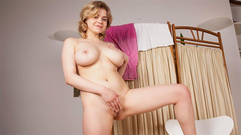 Big Tit Play