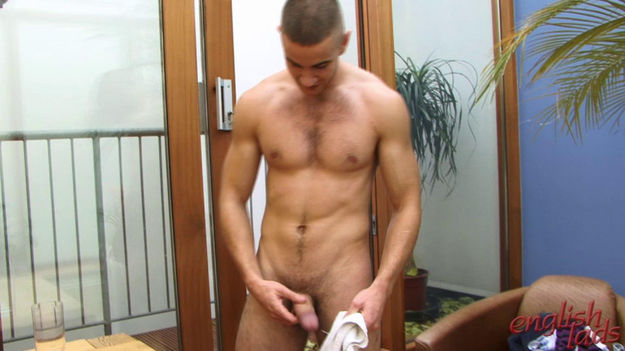 EnglishLads - Scott Stone - Favourite Str8 Young Hunk Scott Delivers 5 Cum Shots In 30 Minutes
