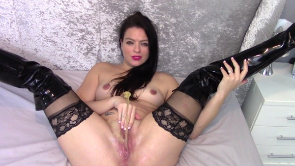 Evamarie88 - Piss on Bed Joi ~ FullHD 1080p