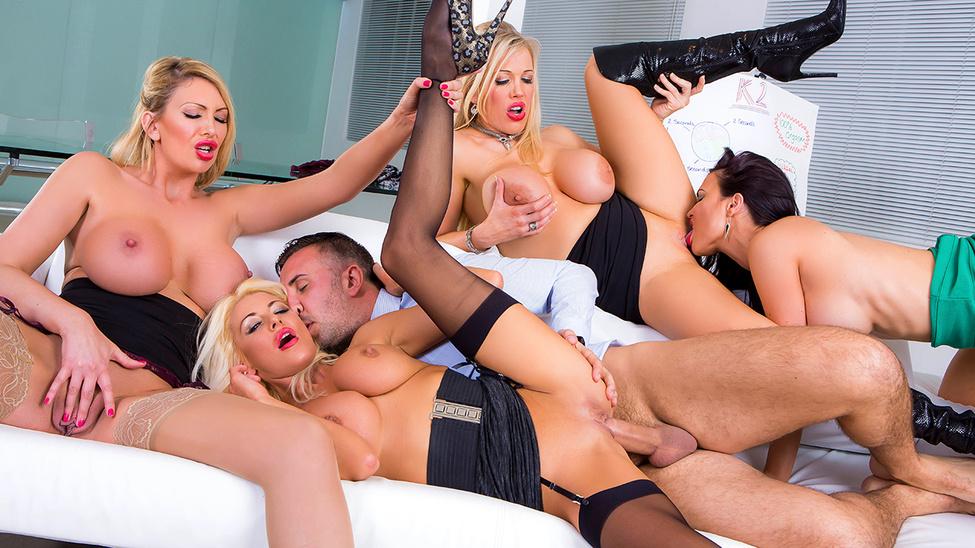 Jasmine Jae,Leigh Darby,Rebecca Moore,Tia Layne - Big Tits At Work