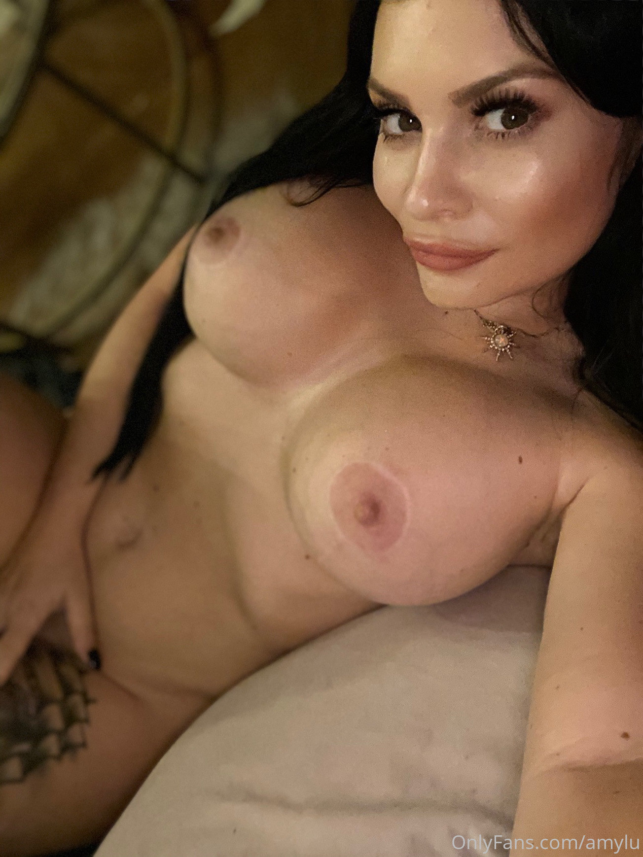Amylu  - Strapon Mistress Amylu 08 04 2021 - onlyfans SiteRip