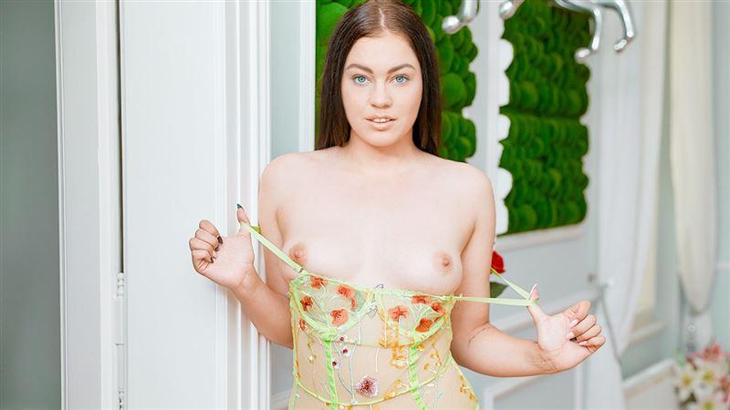 Sweetie orgasms in a new bodysuit