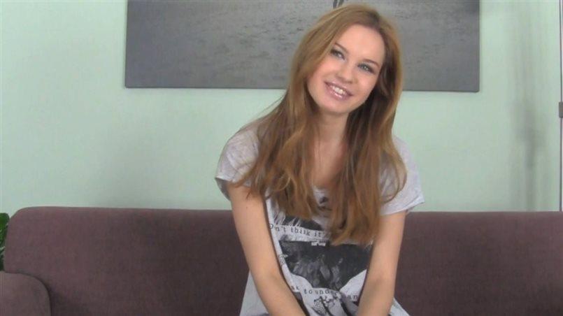 Hot Brunette Has The Best Smile For Blowjobs