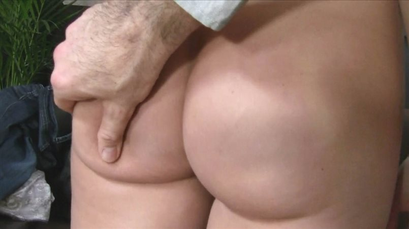 She Loves It When Guys Cum In Her Tight Pussy