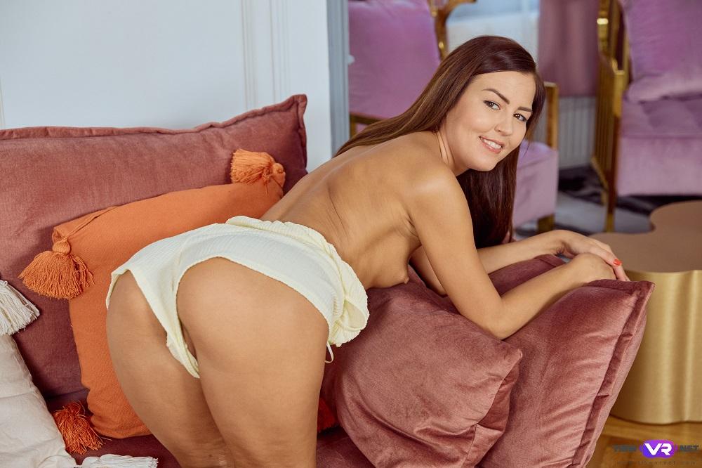 Hottie shows her brightest orgasm, Cindy Shine, September 4, 2021, 3d vr porno, HQ 2700