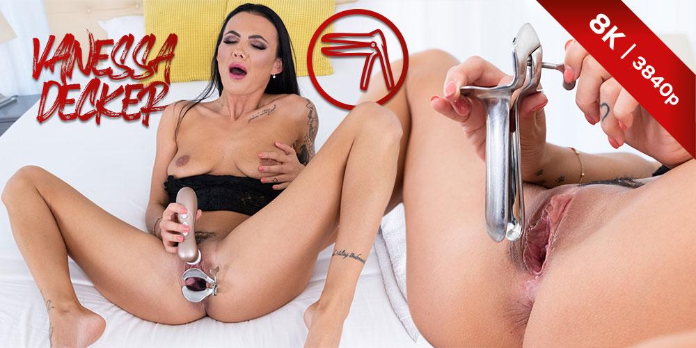 Revealing it all, Vanessa Decker, 15 Sep 2021, 3d vr porno, HQ 3840
