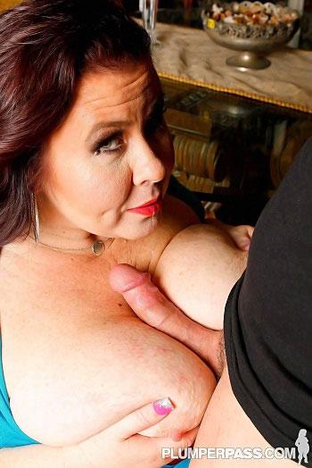 Lady Lynn - Estate Sex - PlumperPass - 01/13/16 - HD 720p
