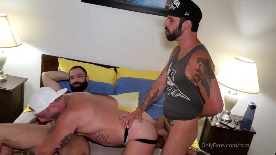 OnlyFans - RomeoDavisXL - Romeo Fucks Jake Nicola & Vince Parker