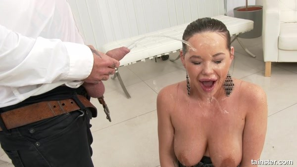 Rachele Richey - Pissing and Hot sex - Pissing and Hot sex - Drink up ~ HD 720p