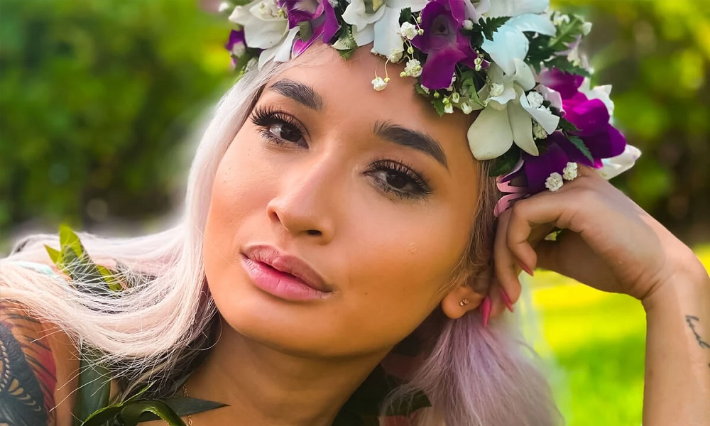 Lei'd in Hawaii with Avery, Avery Black, 03 October, 2021, 3d vr porno, HQ 2700
