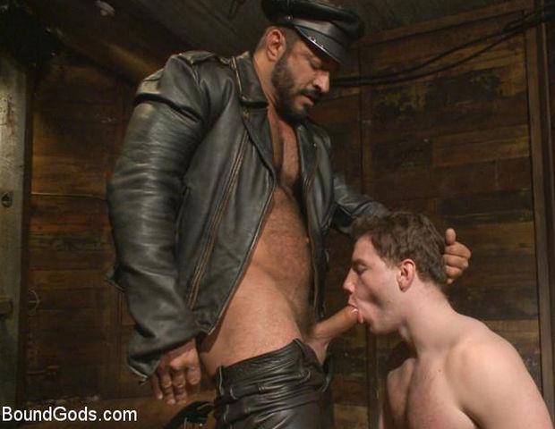BG – New Dom Pushes his Slave to the Limit – Vinnie Stefano & Doug Acre