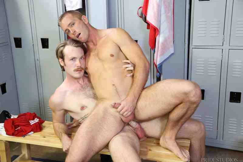 ExtraBigDicks – Muscle & Big Cock (Kaydin Bennett & Scott Riley)