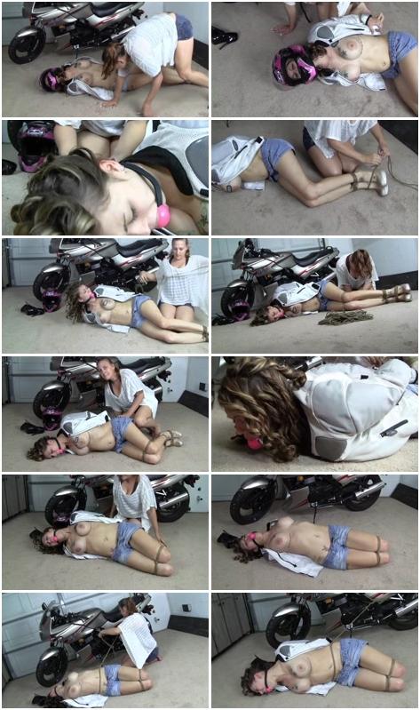 http://picstate.com/files/2085640_ekwqy/b.d.s.m_Sex_Slaves_180.wmv.jpg