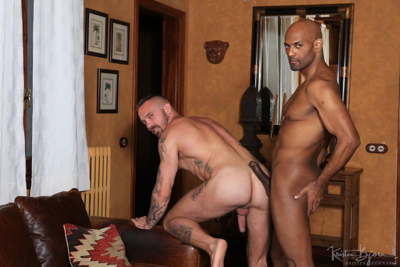 KristenBjorn – Horndogs: Stephan Raw & William Bravo (Bareback)