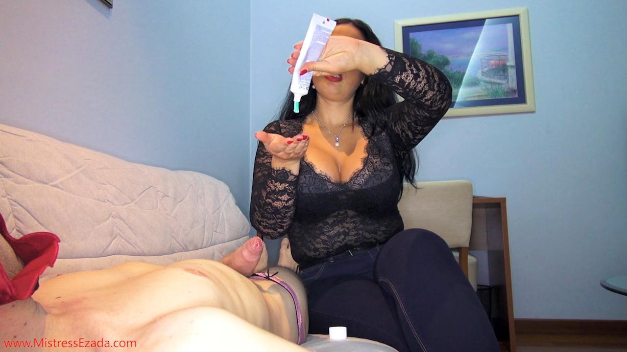 Free femdom hard facesitting clips