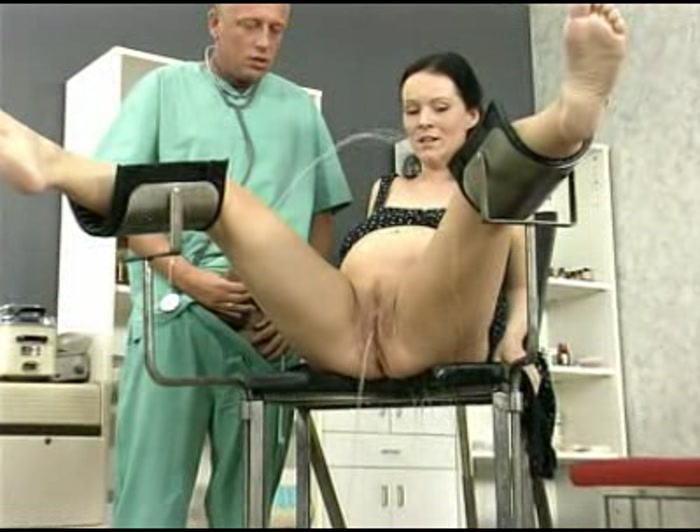 porno-video-u-ginekologa-bolshimi-siskami