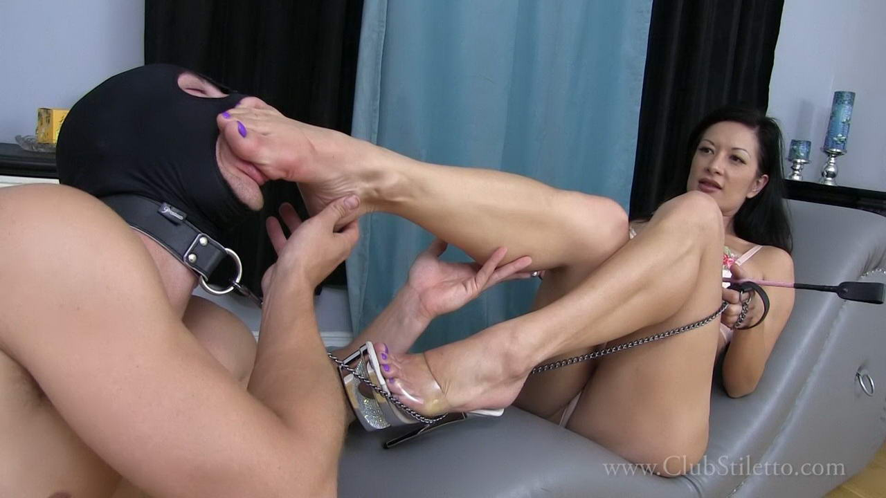 femdom facesitting clips