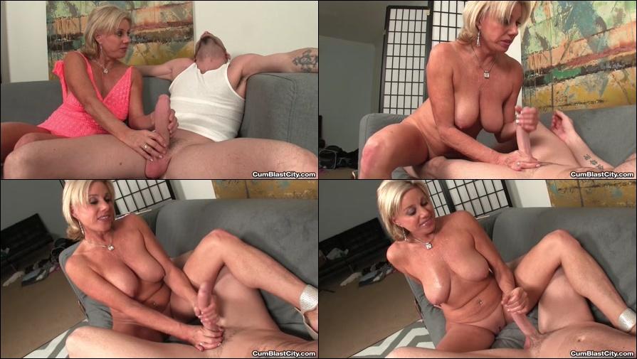 sexy naked blonde swedish girls