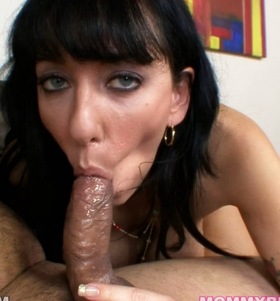 Alia Janine - MommyBlowsBest - 720p