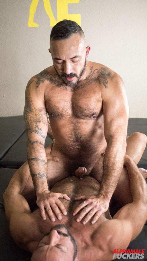 AM – Alessio Romero and Vinnie Stefano