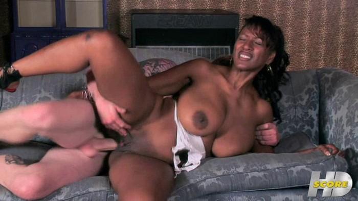 Africa Sexxx - IR anal fuck busty ebony waitress
