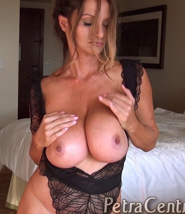 petra verkaik   download free porn videos of amateur busty beauties
