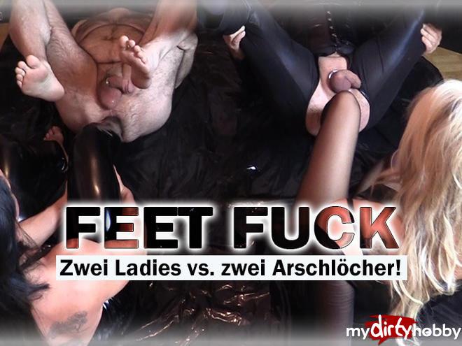 http://picstate.com/files/5819319_fd51z/FEET_FUCK__Two_Ladies_vs_two_assholes_CherieNoir.jpg