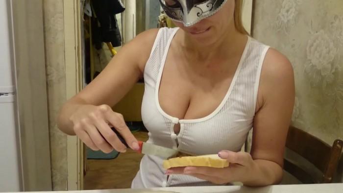 Scat - Brown wife (aka Natalya) - Eat Shit bread [Scatshop.com / 2017 / HD 720p]