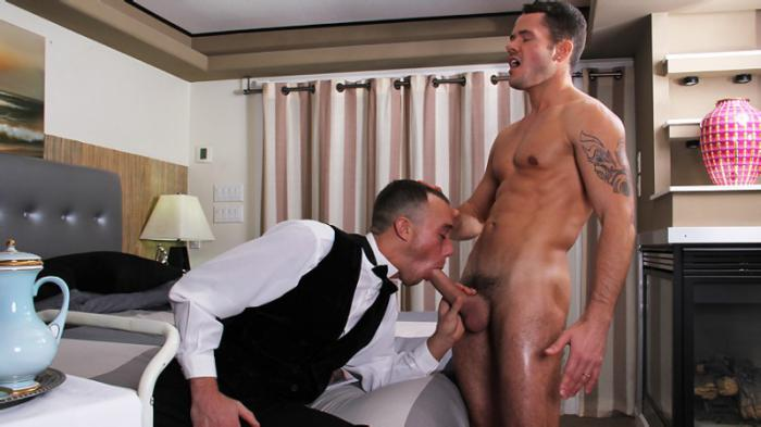 MEN - Kirk Cummings & Valentin Petrov - Working For That Tip