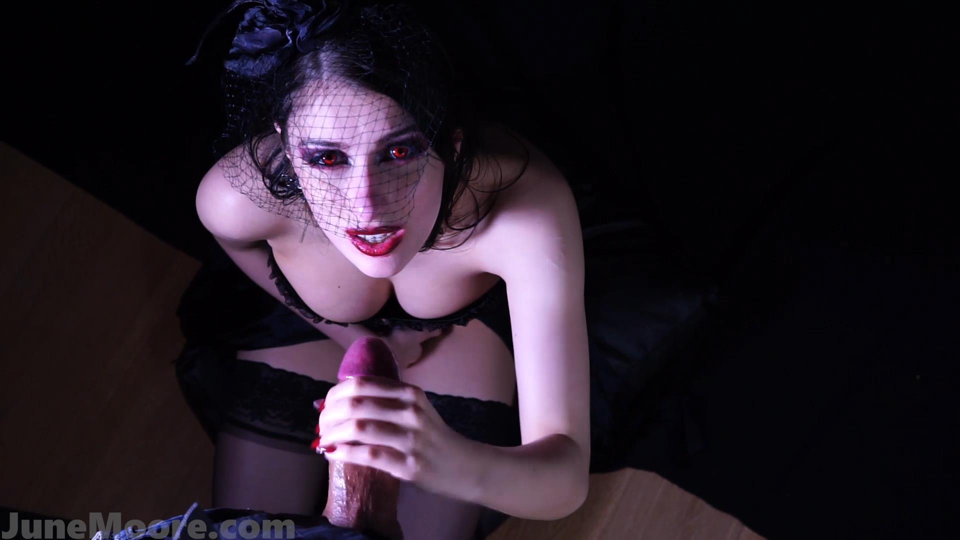 Thirst_-_b_g_Vampire_Handjob_Blowjob_-_JuneMooreXXX.jpg