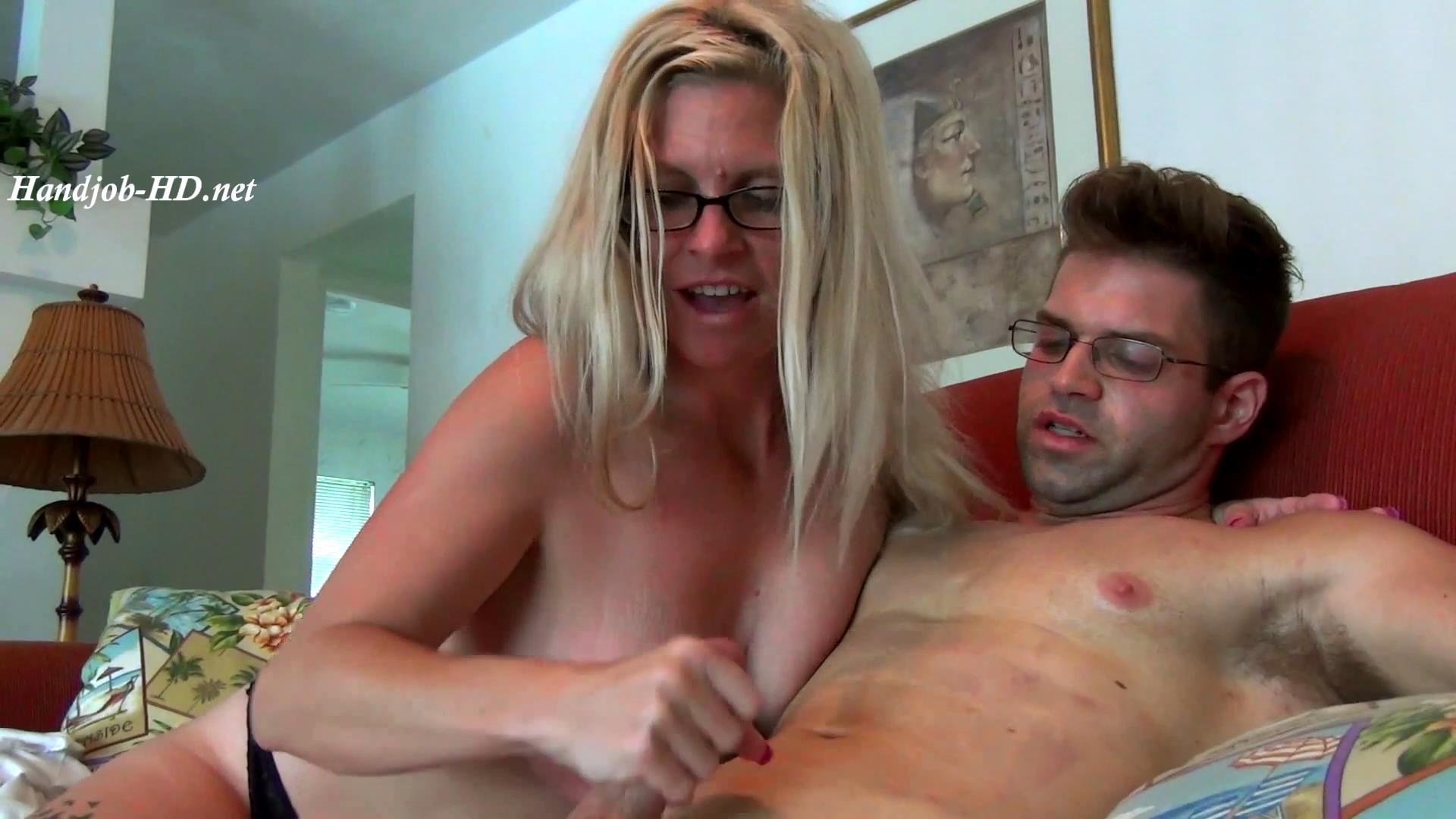 The_Cock_Sucking_Housewife_Episode_7_-_JERKY_GIRLS.jpg