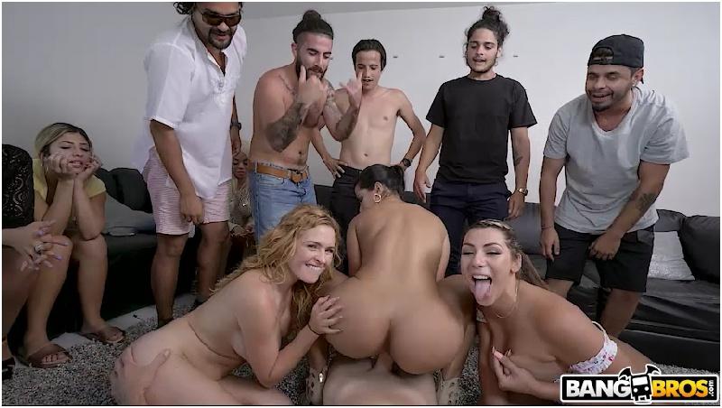 Nickiee - Big Tit Latina Hops on The Bus - Bang Bus