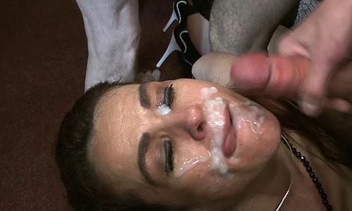 Monica_gets_cum_faced_with_Linda_Lush.rar