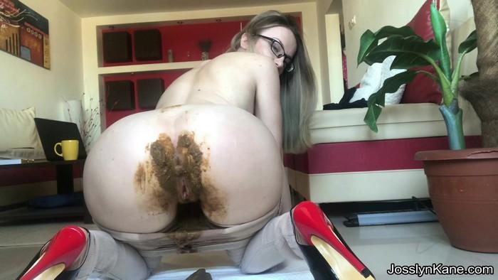 JosslynKane (aka Josslyn Kane) - Pants pooping and orgasm with JosslynKane (FullHD 1080p)