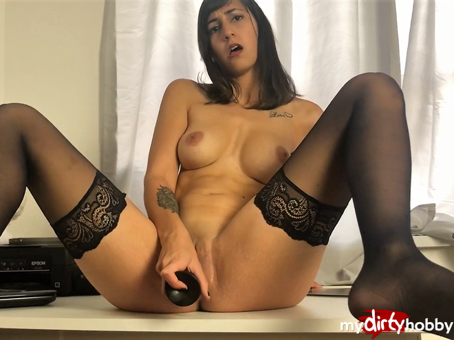 https://picstate.com/files/8050587_yewgy/Colleague_with_horny_dildo_action_spicy___User_request_video_LiaLion.jpg