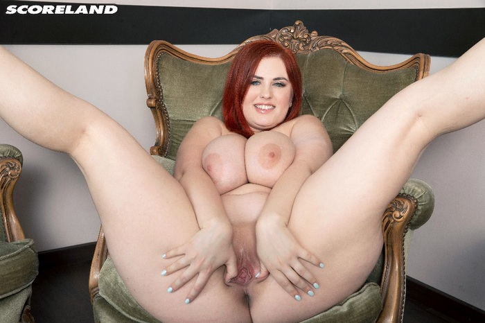 Alexsis Faye - V Is For Voluptuous - 33945 (HD 720p)