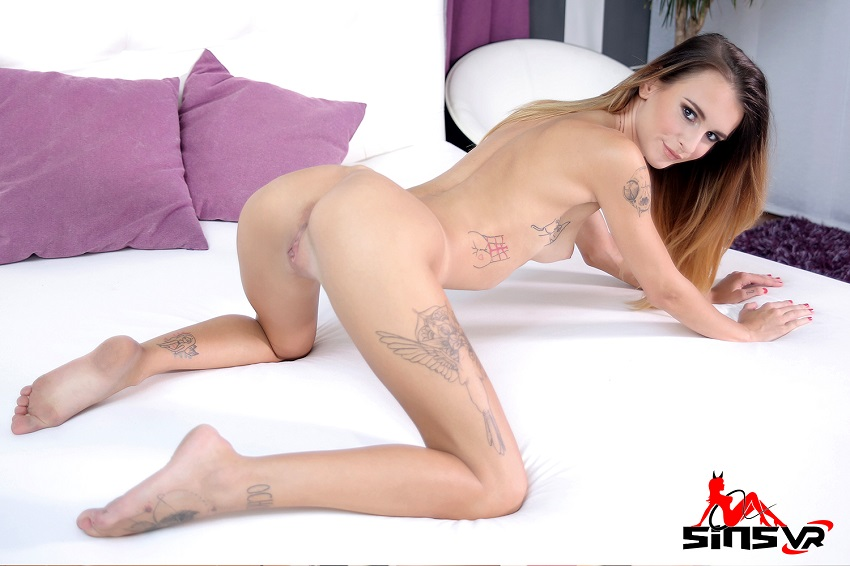 In Bed With Petite Tattooed Teen, Adelle Unicorn, Aug 28, 2018, 5k 3d vr porno, HQ 2700p
