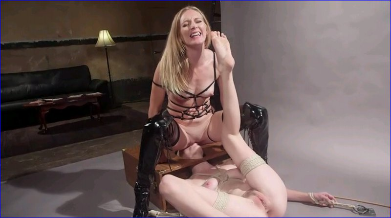 FemDom 6039 Pervy Photographer. Hot babe bound, spanked and anally strap-on fucked