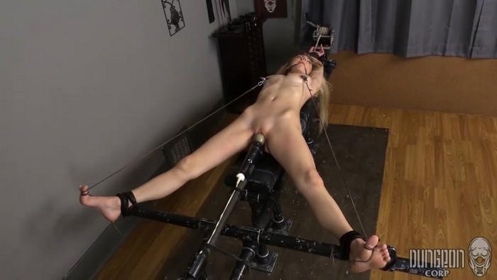 Molly Mae - Pushing Mollie - 4 (HD 720p)