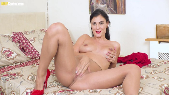 Roxy Mendez - Micro Mini - High And Hose! (2018 / FullHD 1080p)