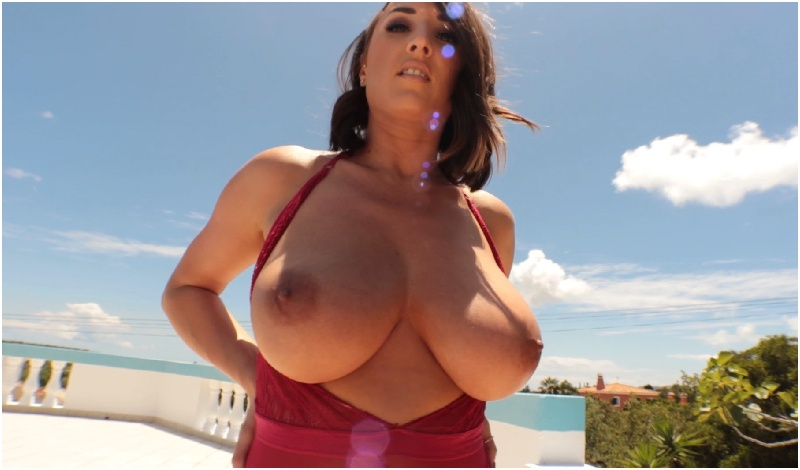 Stacey Poole - Red Holiday 2 - FullHD 1080p