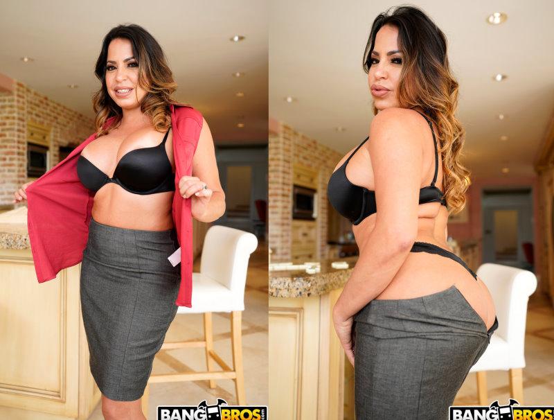 Julianna Vega - Teaching Him The Game Led To Hot Sex - Mom Is Horny - FullHD 1080p