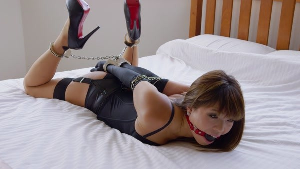 Mina - A Seated Strappado (RS-258) (FullHD 1080p)