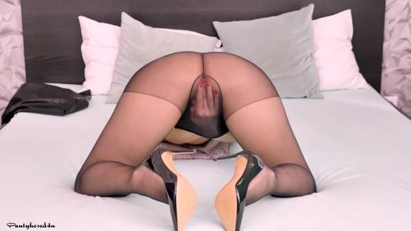 Kira Queen - Pleasing the pussy! (2018 / FullHD 1080p)