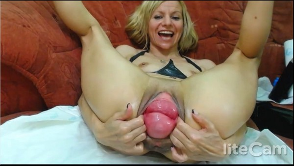 RaisaWetsX - Double Fisting and Cervix play - Live sex show (HD 720p)