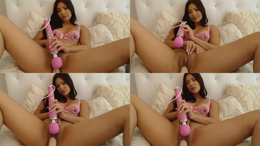 https://picstate.com/files/9041525_h7aec/Juliana-Pretty-in-Pink-Hitachi-Creamy-Cum.jpg